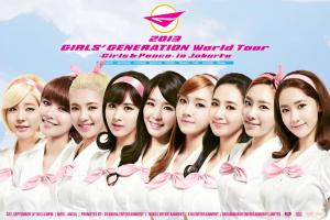 BANNER Foto-foto Girls' Generation 소녀시대_2013 World Tour ~Girls & Peace~ in JAKARTA